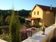 Recently Renovated Heated Cottage, Enclosed Garden