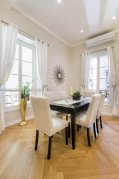 A dining table can comfortably accommodate 6 for dinner parties