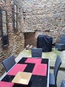 Enclosed courtyard /BBQ