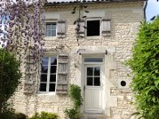 Charming Charentaise Cottage with Private Garden