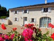 Maison Cerisier - Lovingly Restored Cottage
