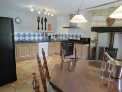 New kitchen and range cooker