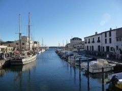 Marseillan Port close by
