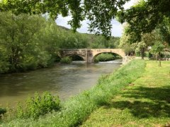 The river Aude is just 10 minutes walk.