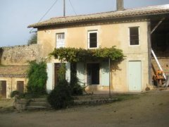 Quiet Gîte Within Walking Distance of Melle