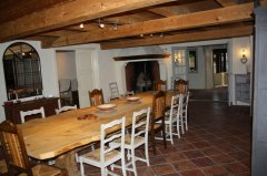 Large dining with 4m dining table & open fire