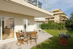 Les Pins - Modern with Garden, Terrace & Pool
