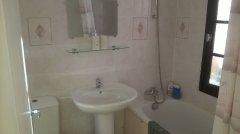 Ensuite bathroom to master bedroom
