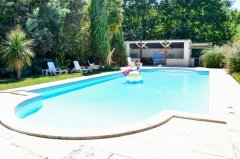 Pool & summer kitchen