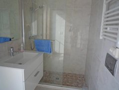 Shower & WC. en-suite to twin room