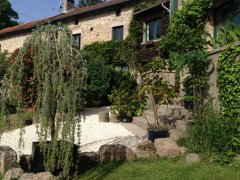 High Quality Gîte (Les Fleurs) in Stunning Location