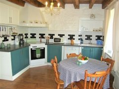 2 Spacious Cottages with Stunning Countryside Views
