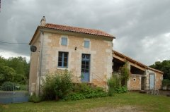 Stone Cottage close to Aubeterre