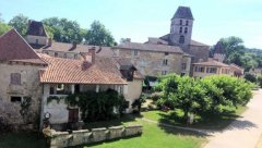 Riverside Property in Beautiful Dordogne Village