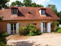 Farmhouse on horsey farm near Bergerac