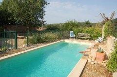 Beautiful Restored Farmhouse, Pool, Peaceful Hamlet