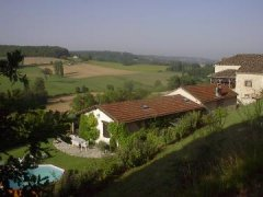 Luxury 18C Stone Cottage Spectacular Views, Lot, Occitanie