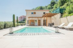 Villa Mimosa - Large Elegant Family Villa with Pool