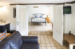 Double bedroom /  apartment