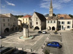 Apartment Overlooking Eymet's Medieval Square