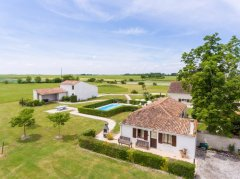 Giotes de Brives - so much space to enjoy!