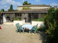 Les Hirondelles - Renovated Cottage