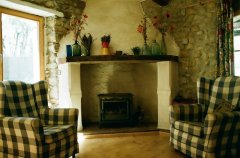 Beautifully Restored Stone Farmhouse with Pool