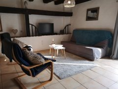 Cosy 2 Bedroom Gite - All Inclusive!