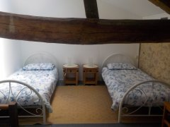 2 single beds in our spacious gîte d'Artagnan