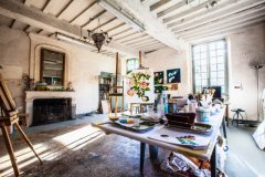 Restored 17th Century Farmhouse with Artists Studio