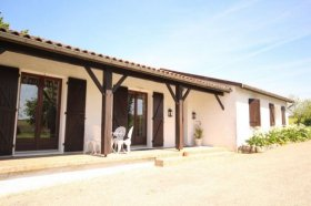 Beautiful Home Situated in Rural Setting, Lot-et-Garonne, Nouvelle-Aquitaine