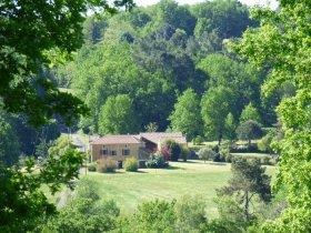 Very Private Farmhouse Estate (20ac), Lot, Occitanie