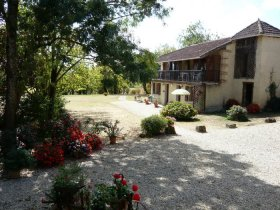 Charming Self Contained 2 Bed Cottage with Pool, Gers, Occitanie