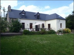 Private Comfortable House with Countryside Views, Manche, Normandie