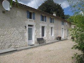 Chez Augros - Comfortable, Renovated Gîte , Charente-Maritime, Nouvelle-Aquitaine