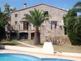 Farmhouse in most Southerly / Sunny Region of France, Pyrénées-Orientales, Occitanie