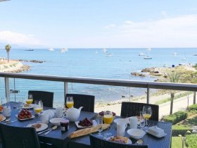 Luxury Apartment with Spectacular Sea Views, Alpes-Maritimes, Provence-Alpes-Côte d'Azur