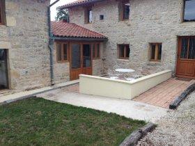 Secluded Farmhouse Conversion , Charente, Nouvelle-Aquitaine