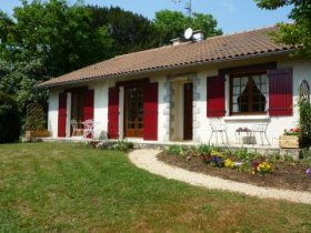 Luxury and Comfort in a Small Country Village, Deux-Sèvres, Nouvelle-Aquitaine