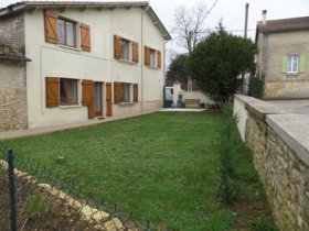 Rose Cottage - Fully Renovated Village House, Charente, Nouvelle-Aquitaine