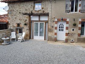 Spacious Accommodation, Rural France, Charente, Nouvelle-Aquitaine