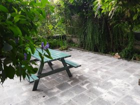 17th Century Townhouse and Garden in Market Town, Charente, Nouvelle-Aquitaine
