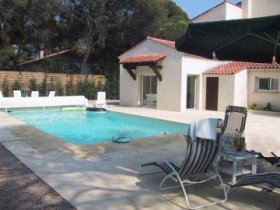 First Floor Apartment in Villa with Sea View , Var, Provence-Alpes-Côte d'Azur