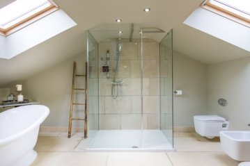 La Cressonniere Master Bathroom