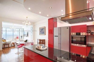 Gorgeous open plan kitchen