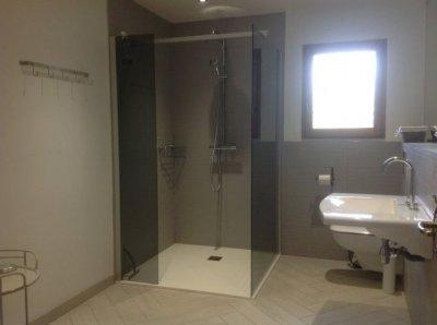 Bathroom ( Walk in Shower)