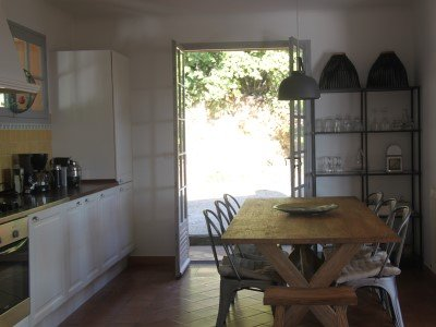 Kitchen with access to boule court
