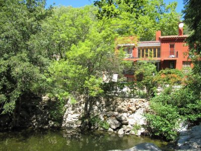 Natural swimming pool & villa