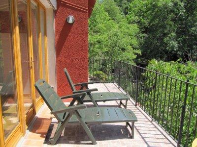 Balcony to eat or sunbath on