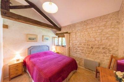 Le Marronnier - master bedroom (king-size)